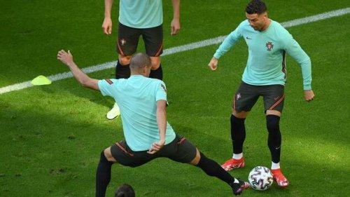 Hier kann man das Spiel Deutschland gegen Portugal sehen