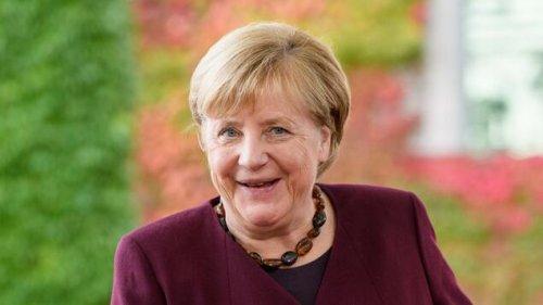 Merkel und Minister erhalten Dienstag ihre Entlassungsurkunden