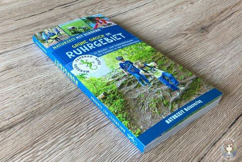 Buch mit Tipps für Unternehmungen im Ruhrgebiet