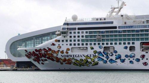 Florida fires back in Norwegian Cruise's challenge to vaccine 'passport' ban