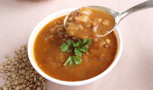 Diyet Yeşil Mercimekli Lahana Çorbası Tarifi -/- Diyet Yemek Tarifleri