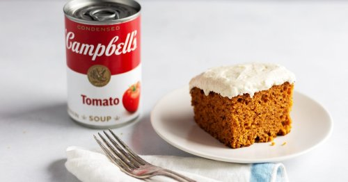 """I Made Campbell's """"Magic Tomato Soup Cake"""" Recipe from 1950 (and It Was Soup-risingly Delicious!)"""