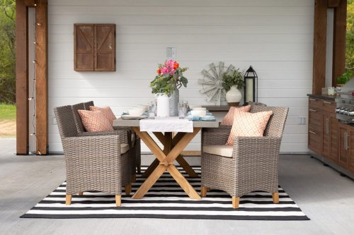 5 Ways to Make Your Outdoor Space Feel Like Home—Straight from the Pros
