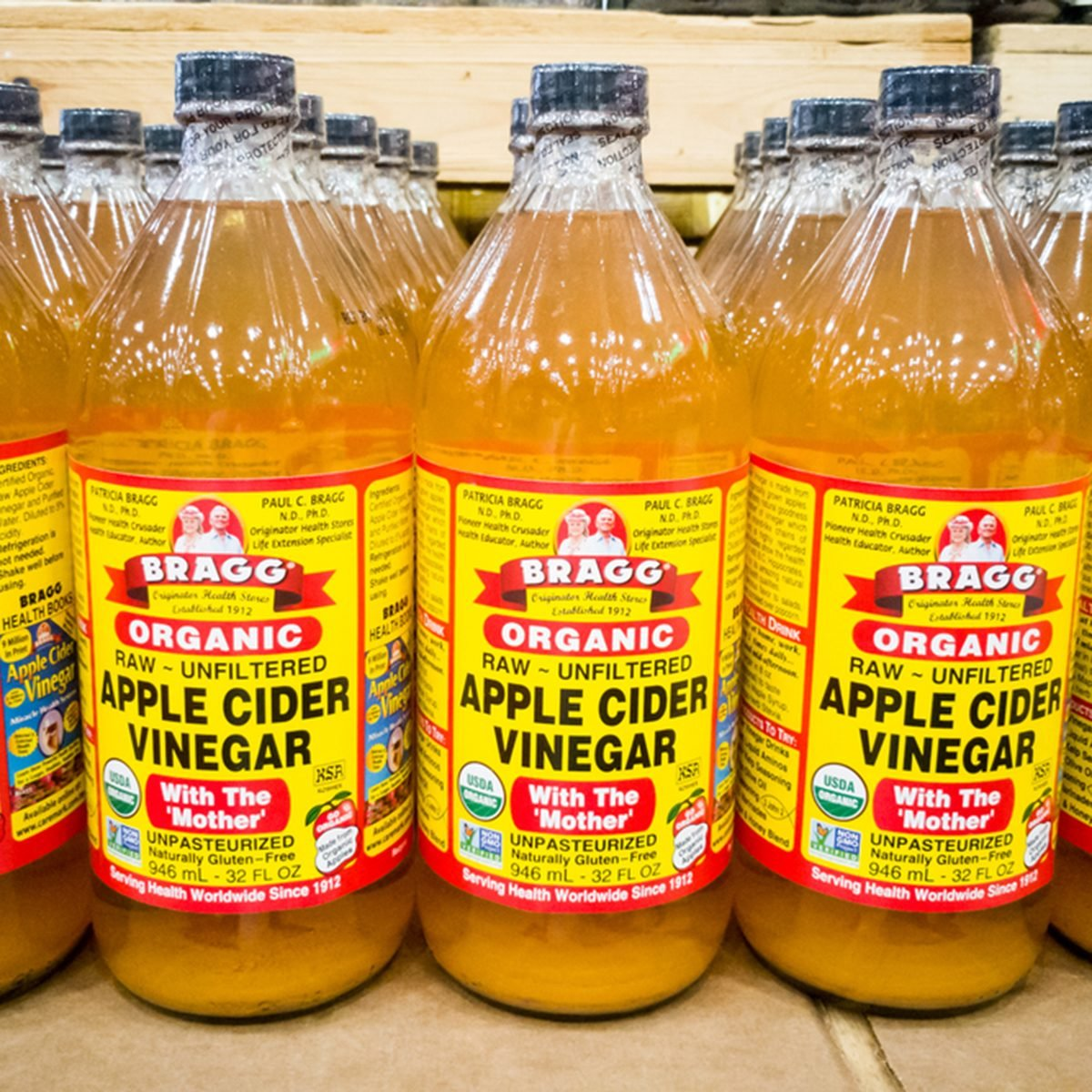 10 Unexpected Ways to Use Apple Cider Vinegar Around the House