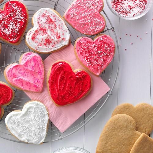 Cutesy Valentine's Day Treats and Chocolates