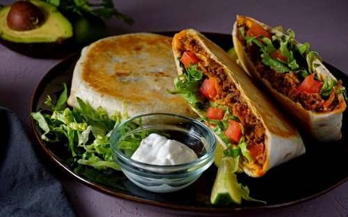 How to Make a Copycat Taco Bell Crunchwrap Supreme