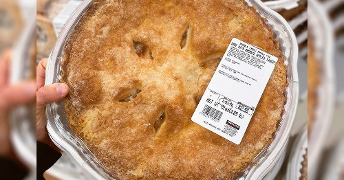 Costco Is Selling a GIANT 4-Pound Apple Pie Right Now