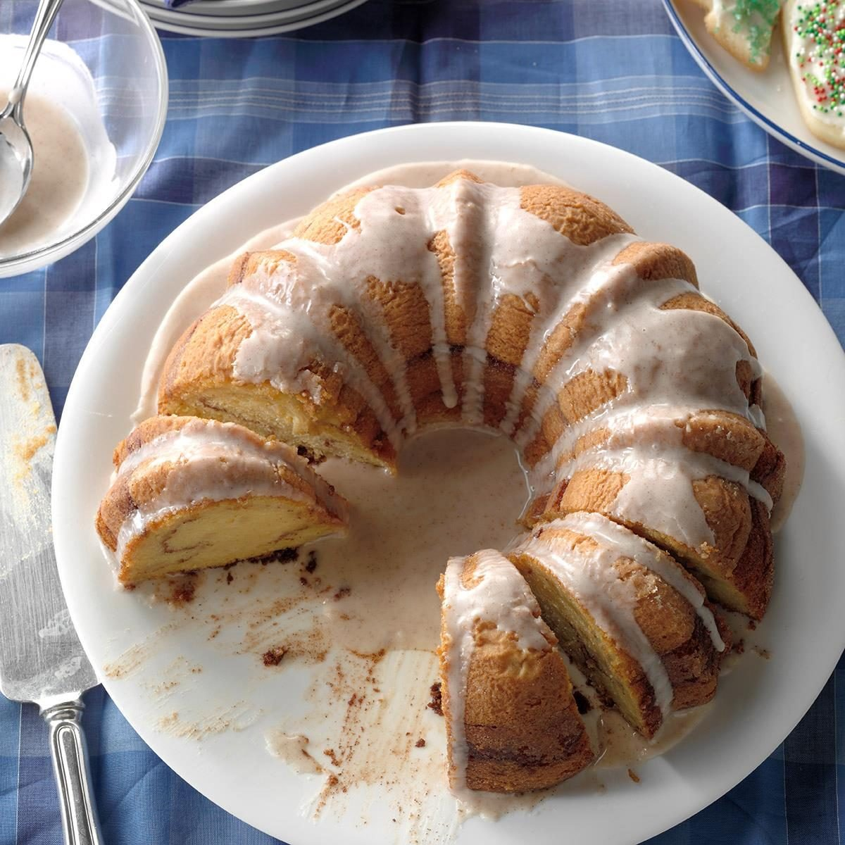31 Apple Cake Recipes We're Eating All Fall Long