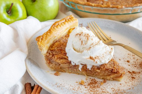 """I Made Reddit's Famous """"Apple Cream Pie"""" and Now I See Why People Are Obsessed"""