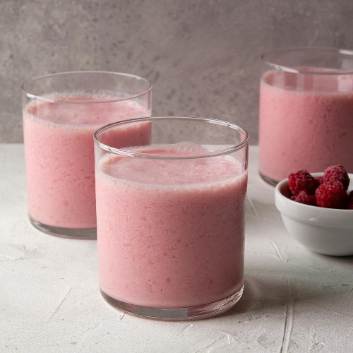 Healthy Smoothie Recipes To Start the New Year Off Right - cover