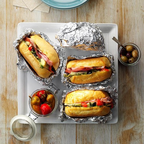 35 Recipes for Tailgating Food—No Grill Required
