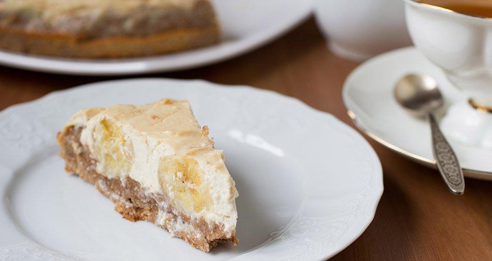 Most Delicious Banana Dessert Recipes Using Overripe Bananas - cover