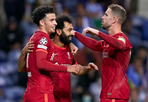 'Clear of Pogba', 'Wow': Salah shines, but some Liverpool fans rave about 'terrific' player at Old Trafford