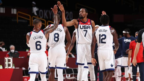 U.S. Men's Basketball Team Pulls Away From Czech Republic To Finish Group Play 2-1
