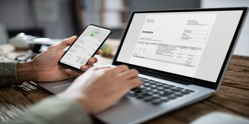 Zoho Invoice – Best Invoice Customization - Tech.co