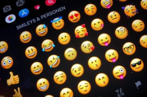 """WhatsApp bekommt """"Schwangerer Mann""""-Emoji und 36 andere"""