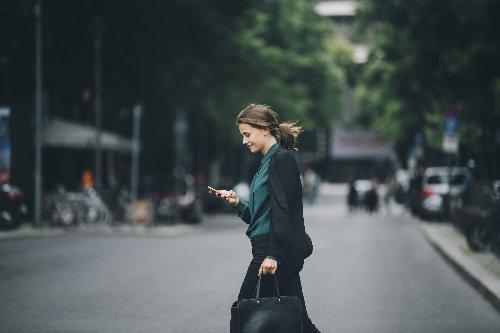 Google Heads Up soll Nutzer im Straßenverkehr schützen - TECHBOOK