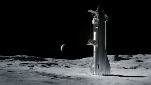 SpaceX wins NASA contract to develop human landing system for returning to the moon