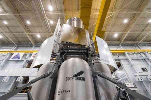 Blue Origin's human lunar lander team delivers full-scale engineering mock-up to NASA