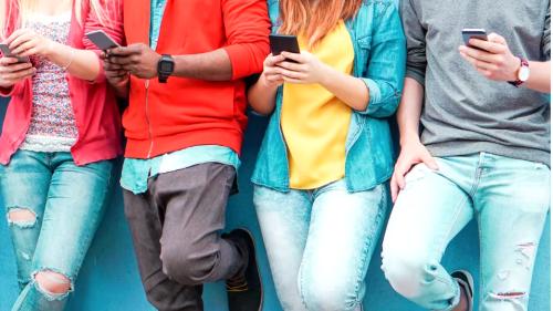 Top 10 WhatsApp Alternative Chatting Apps in 2021