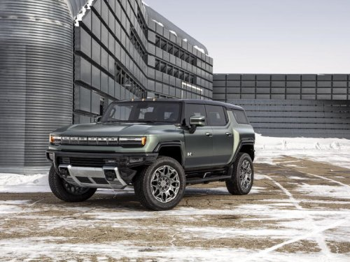 SUV or pickup? The electric GMC Hummer now comes in two supertruck flavors