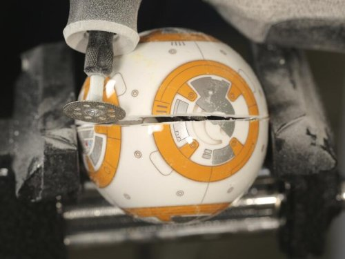 Sphero BB-8 teardown reveals robot tech inside this rolling 'Star Wars' droid