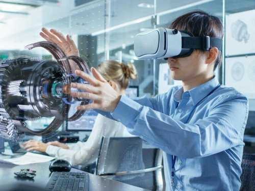 How VR and mixed reality are becoming important in the future of work