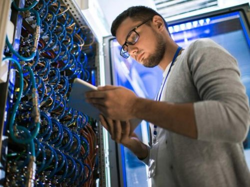 11 tech jobs where you can earn a salary of over $200K