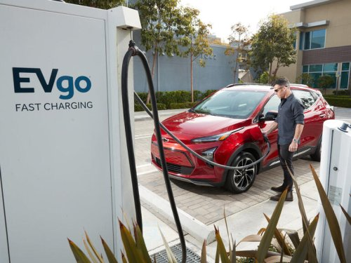 General Motors and 7 EV charging networks are trying to solve the biggest challenge to electric car adoption