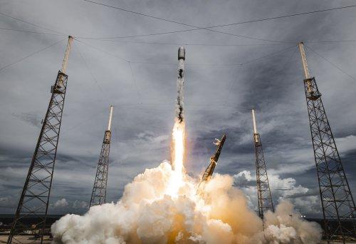 Elon Musk: SpaceX Starlink service will go live next month
