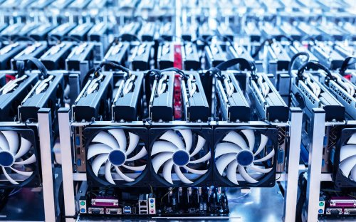 Bitcoin is largely controlled by a small group of investors and miners, study finds
