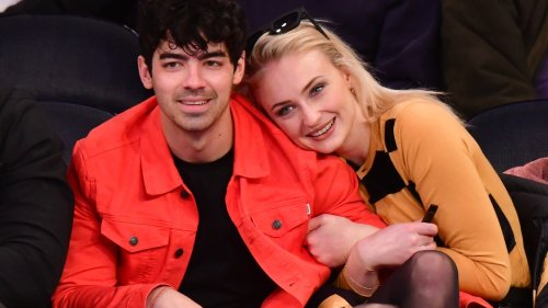 """Sophie Turner and Joe Jonas Are """"Always Swapping Clothes"""""""