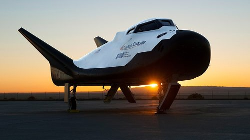 Dream Chaser spaceplane approved for shuttle-type landing at Kennedy Space Center in 2022
