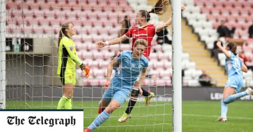 10-woman Man City fight back against Man Utd after Georgia Stanway red card