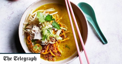 Mee soto (spiced chicken noodle soup) recipe