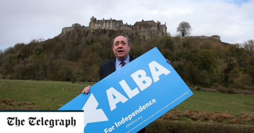 Politics latest news: Independent Scotland's 'immediate priority' would be to join EU Single Market, says Alex Salmond