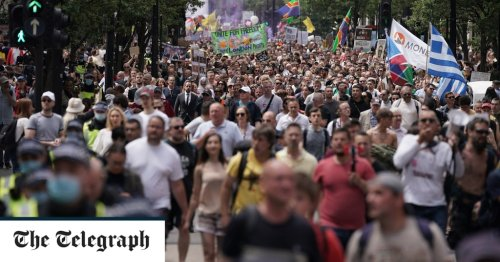Coronavirus latest news: Thousands of anti-lockdown protesters descend on central London