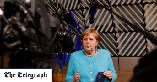 Poland and Baltics block Merkel and Macron's push for talks with Putin