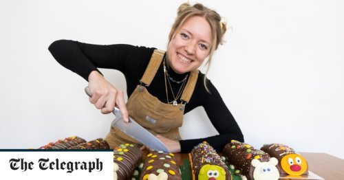 Colin the Caterpillar vs Cuthbert, Curly and Wiggles: we decide which tastes best