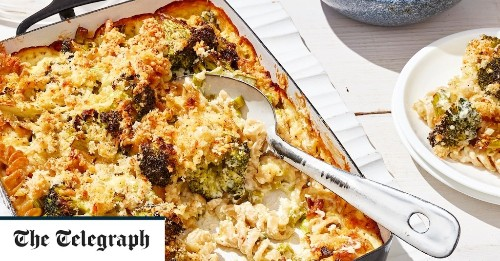 Wholemeal pasta bake with broccoli recipe