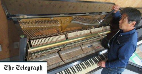 Piano survivors of Hiroshima atomic blast now play for peace