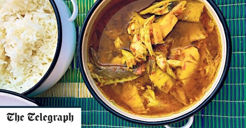 Thai yellow curry with smoked mackerel and pineapple recipe