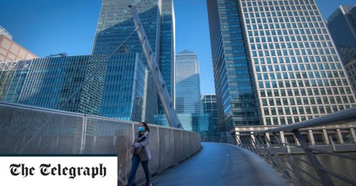 FTSE recovers but pound slides as Covid cases rise