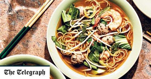 Prawn and pork noodle soup recipe