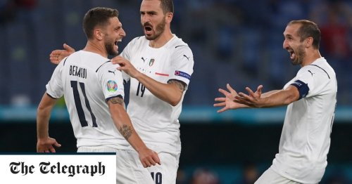 Italy make flying start with stylish win over sorry Turkey