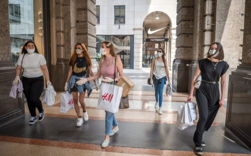 Are changing rooms open? The new Covid rules for shopping trips