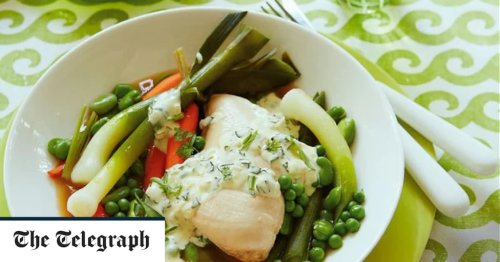 Chicken with spring vegetables and herb cream recipe