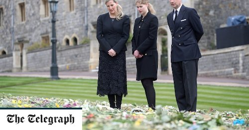 Prince Philip news: Earl and Countess of Wessex view tributes left by national leaders including PM