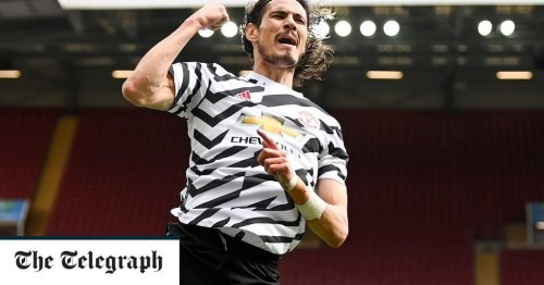 Edinson Cavani agrees new Manchester United contract to extend stay at club