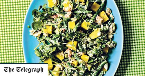 Crab, watercress and mango salad with chive dressing recipe